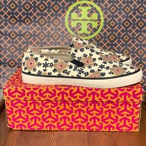 TORY BURCH Miles Sneakers Size 9 NEW